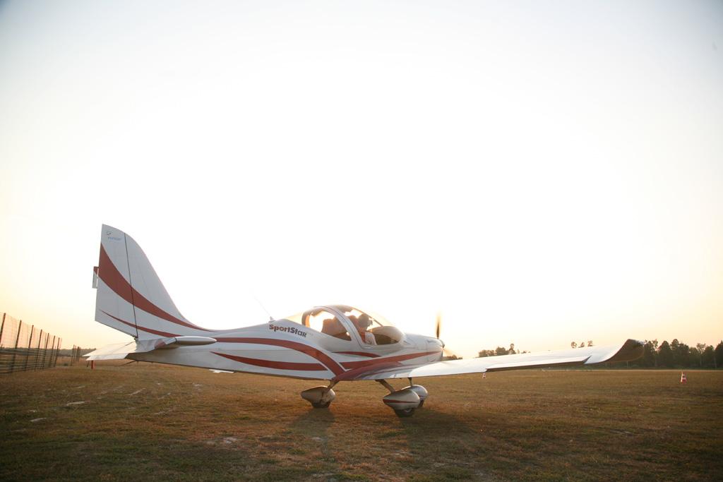 Парный полет 2 самолета: Skyleader и Eurostar